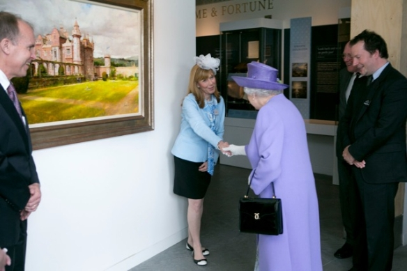 Kristen  Queen Elizabeth as Ricahrd Schmid's emisary